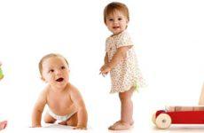 Каковы этапы развития ребенка по месяцам до года