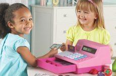 Как правильно выбрать игрушку для детей 7 лет