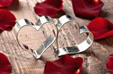 Что подарить и как интересно поздравить с 8 годовщиной свадьбы