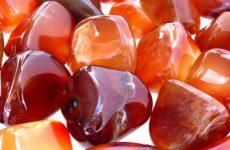 Описание камня и магические свойства сердолика: значение для человека