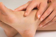 Причины и симптомы отеков ног и рук при беременности на поздних сроках, применение препаратов и народных средств, способы избавления
