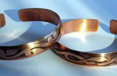 Что подарить на медную свадьбу, как поздравить с 7 годами совместной жизни