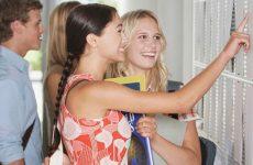 Востребованные профессии в России для девушек: список самых высокооплачиваемых