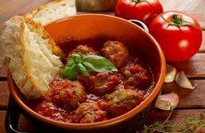 Кулинарные секреты, как сделать вкусную подливу к мясным блюдам и гарниру